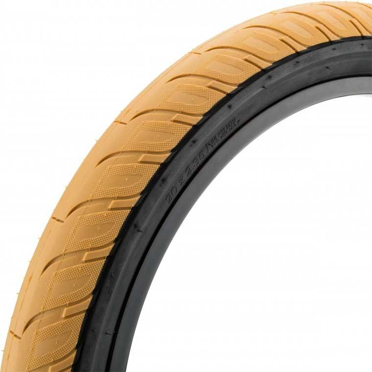 Merritt Option tire