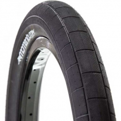 Demolition Momentum tire
