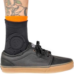 Shadow Conspiracy Invisa-Lite ankle guards